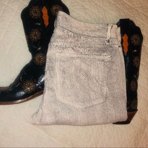 Rich and Skinny White with Black Crackle Skinnies